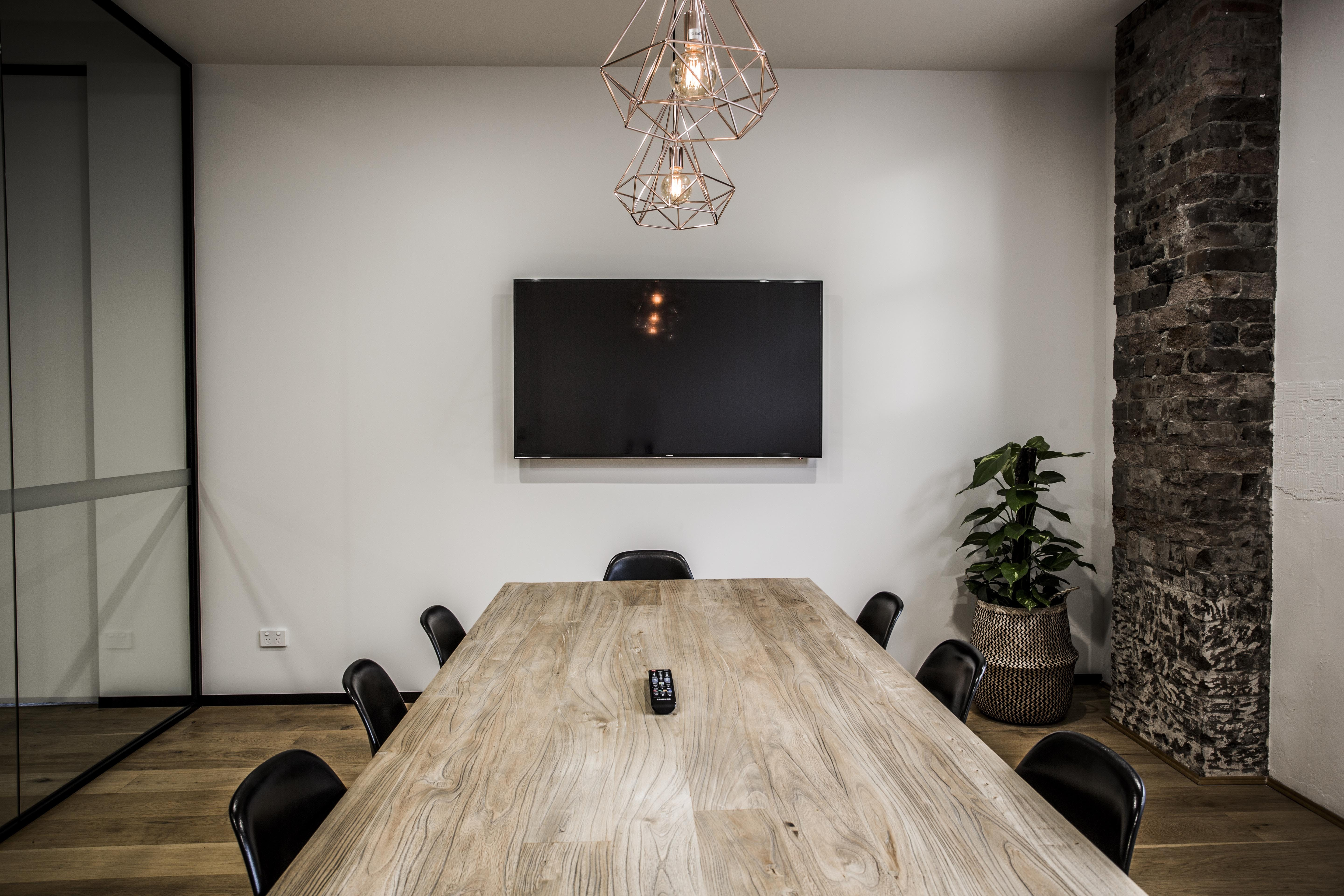 Meeting room at Cohouse Studios, image 2