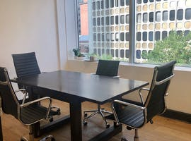 Private office at Queen Street, image 1