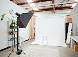 Small, Versatile Light-filled Space, creative studio at CLIK Collective, image 1