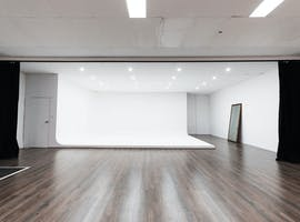 White Room, creative studio at BKLYN Studios, image 1