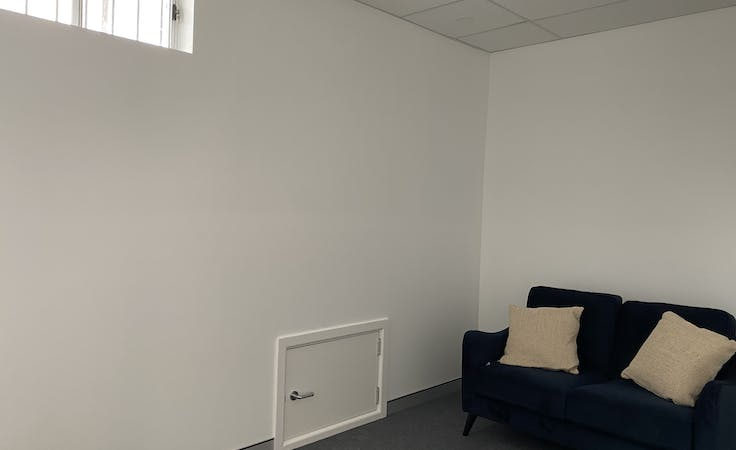 Consulting rooms, private office at Consulting rooms, image 3