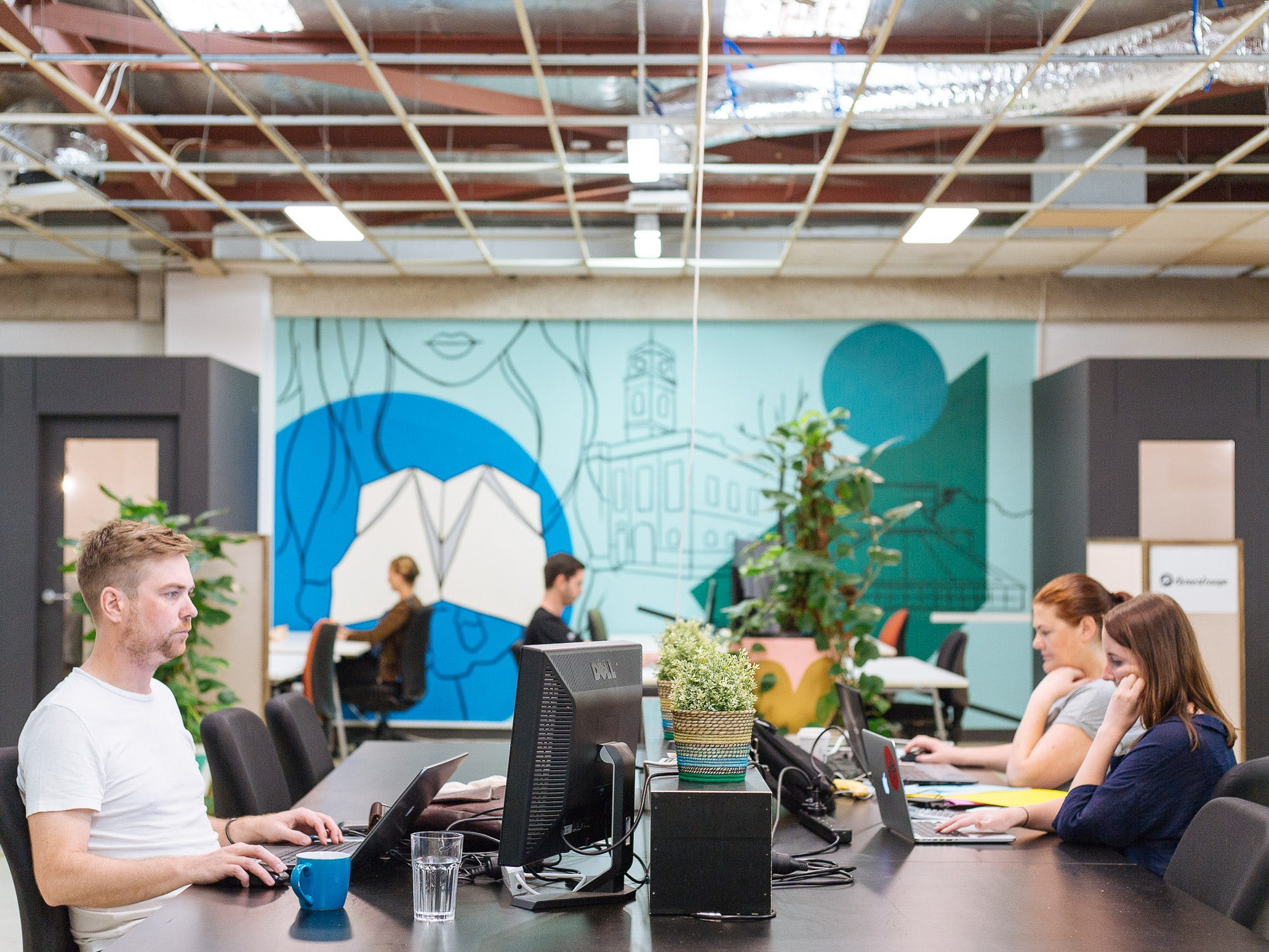 Hot desk in a quirky office space in Prahran, image 1
