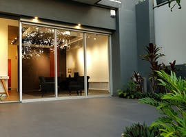 Shopfront at Bulimba Sky, image 1