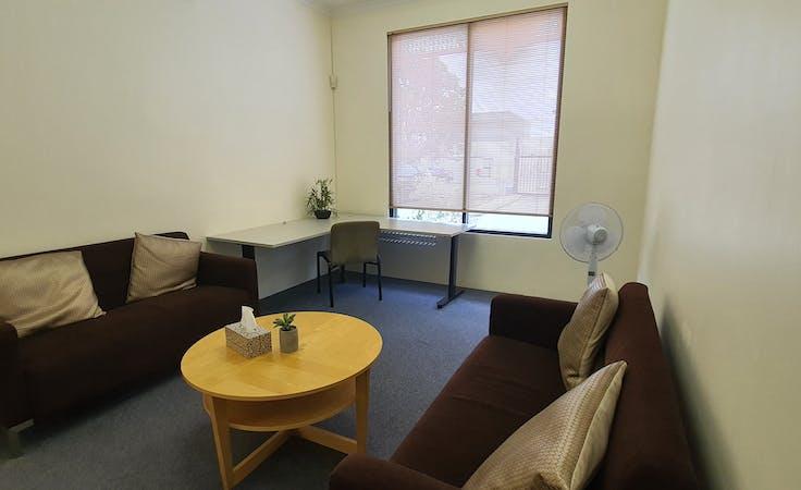 Meeting room at ECUBIC, image 1