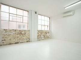 Office 7, private office at Glow Studios, image 1