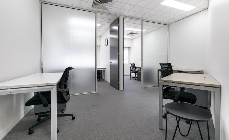 Move into ready-to-use open plan office space for 15 persons in Regus Forrest Centre, private office at Forrest Centre, image 1