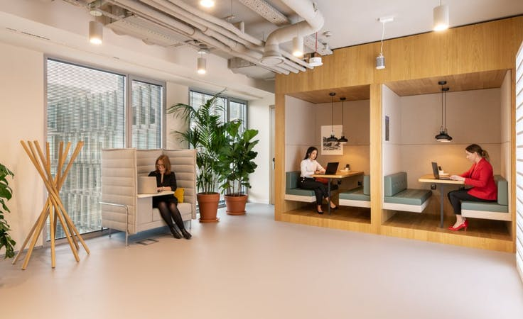 Spaces -Riparian Plaza, private office at Eagle StreetBrisbane, image 4