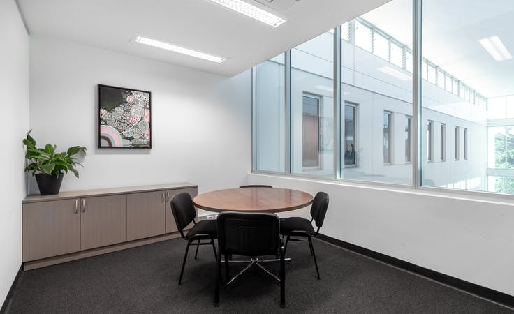 Private office space for 4 persons in HQ Victoria Park, serviced office at Victoria Park, image 1