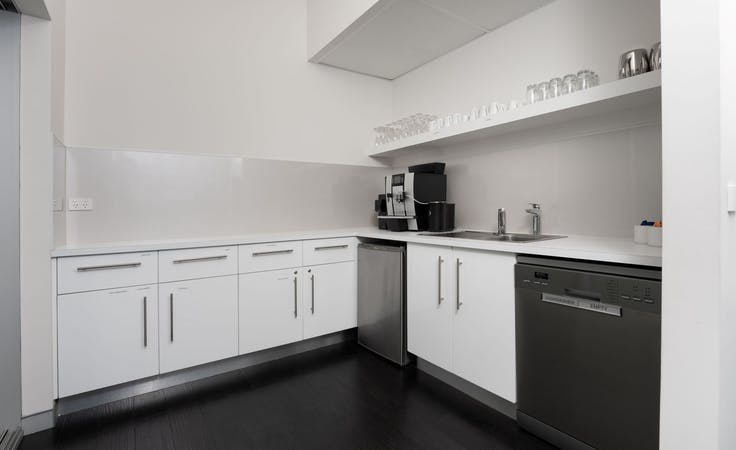 Fully serviced private office space for you and your team in Regus Balmain, serviced office at Balmain, image 6