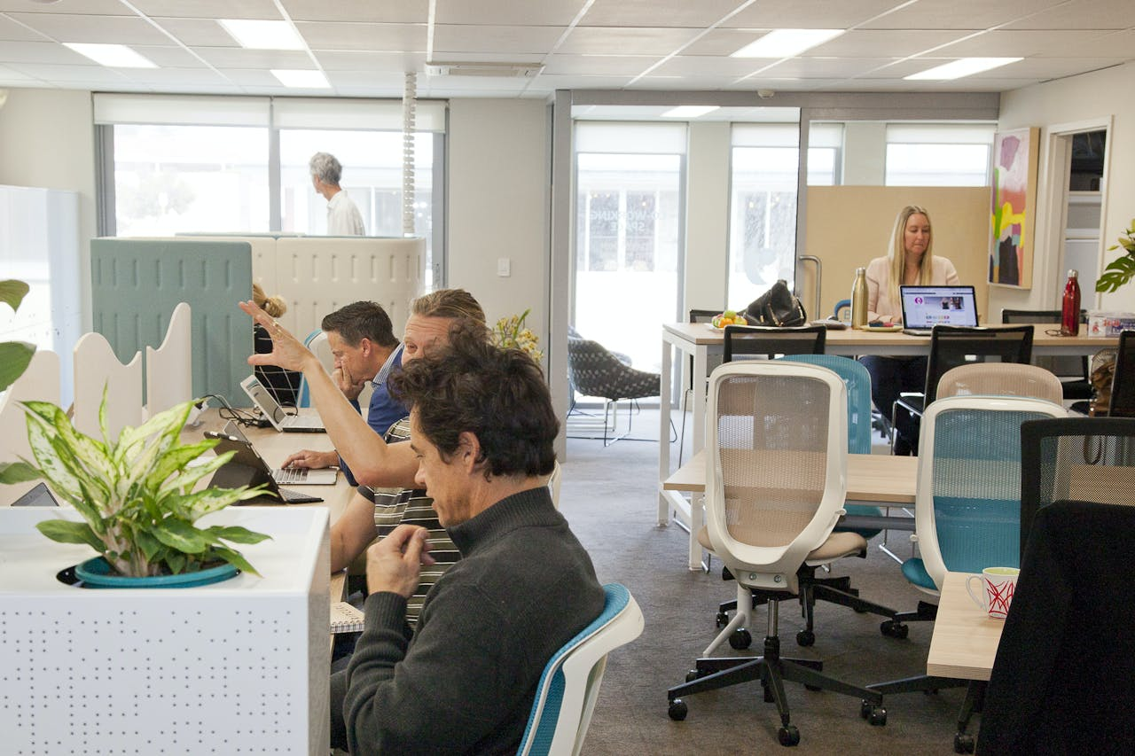 Hot desk at Flowspace, image 1