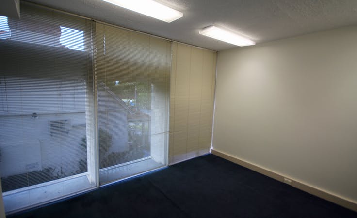 Private office at 18 Kings Park Road, image 6