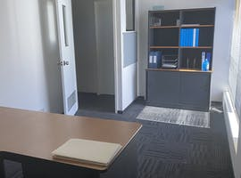 FRONT OFFICE 2, private office at OSBORNE PARK, image 1