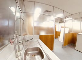 27 m2 Studio (Running Water!), creative studio at Coburg Studios, image 1