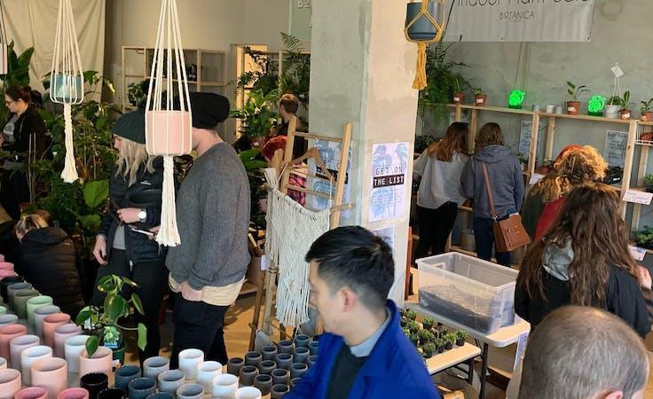 Pop-up shop at Pop Up Sale - Large Retail Space, image 5