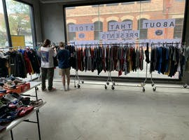 Pop-up shop at Pop Up Sale - Large Retail Space, image 1