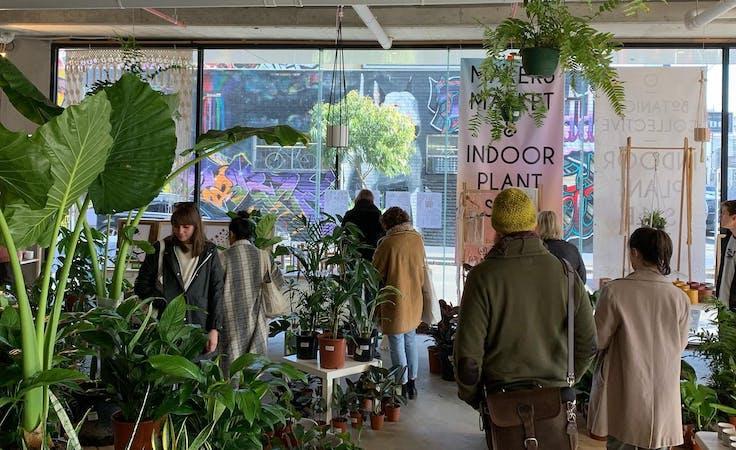 Pop-up shop at Pop Up Sale - Large Retail Space, image 1