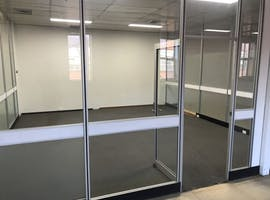 Office 2, private office at Uptop, image 1