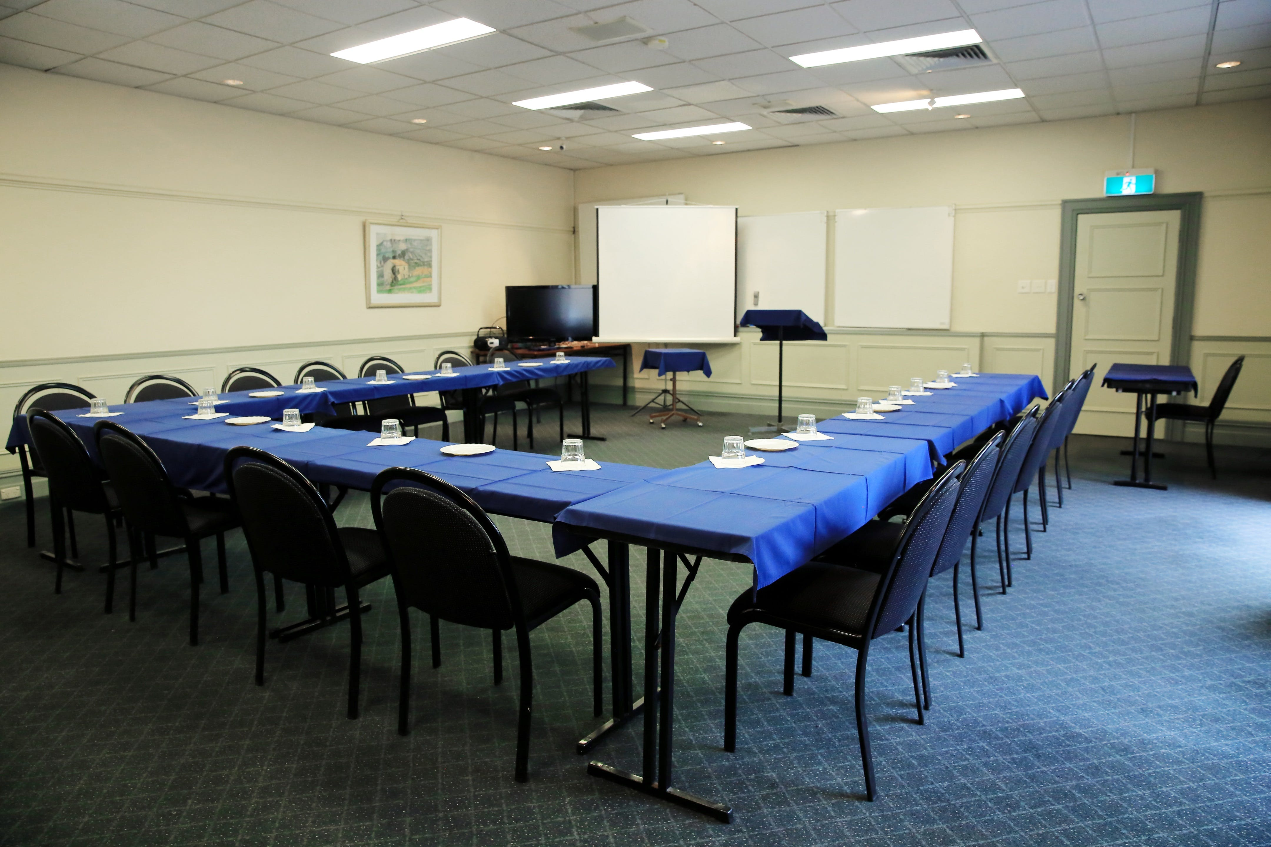 Campbell Room, function room at Best Western Twin Towers Inn, image 3