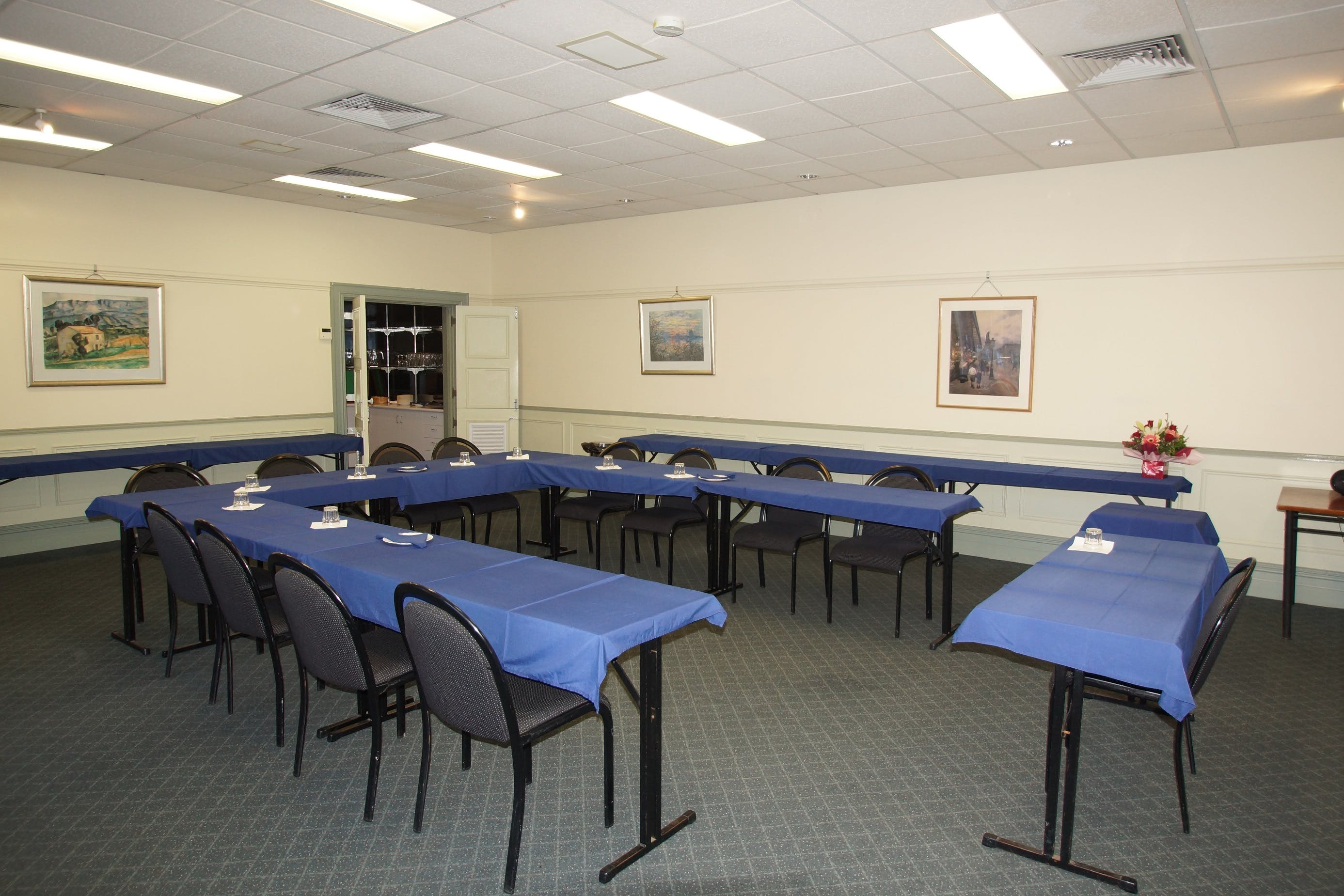 Campbell Room, function room at Best Western Twin Towers Inn, image 2