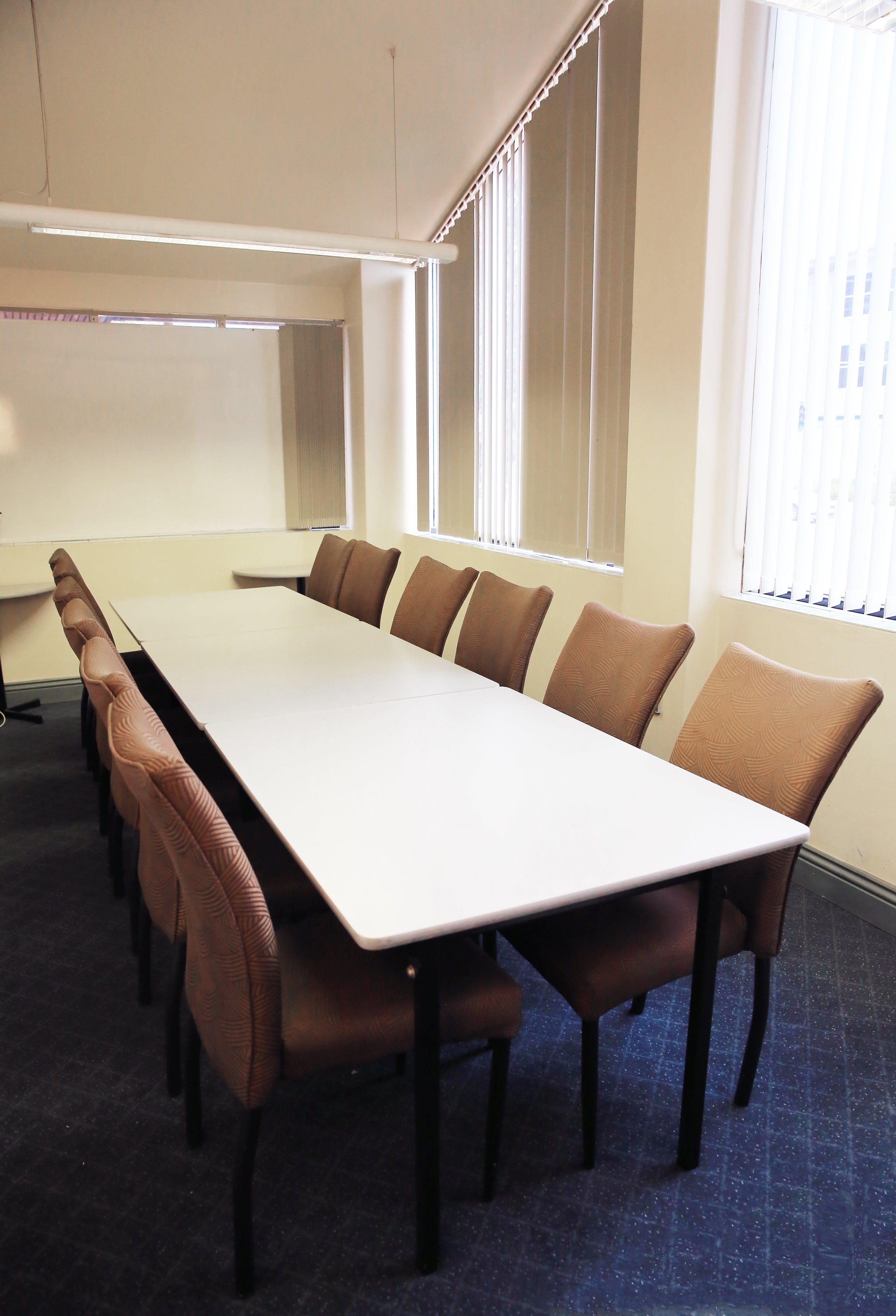 Boardroom, meeting room at Best Western Twin Towers Inn, image 1