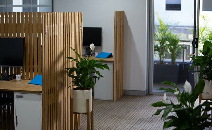 Flexible Day Desk #5, coworking at DeskHub - Thornleigh, image 1