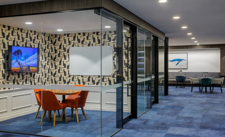 32 desk, private office at Christie Spaces Queen Street, image 4