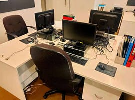 Dedicated desk at Commercial Building, image 1