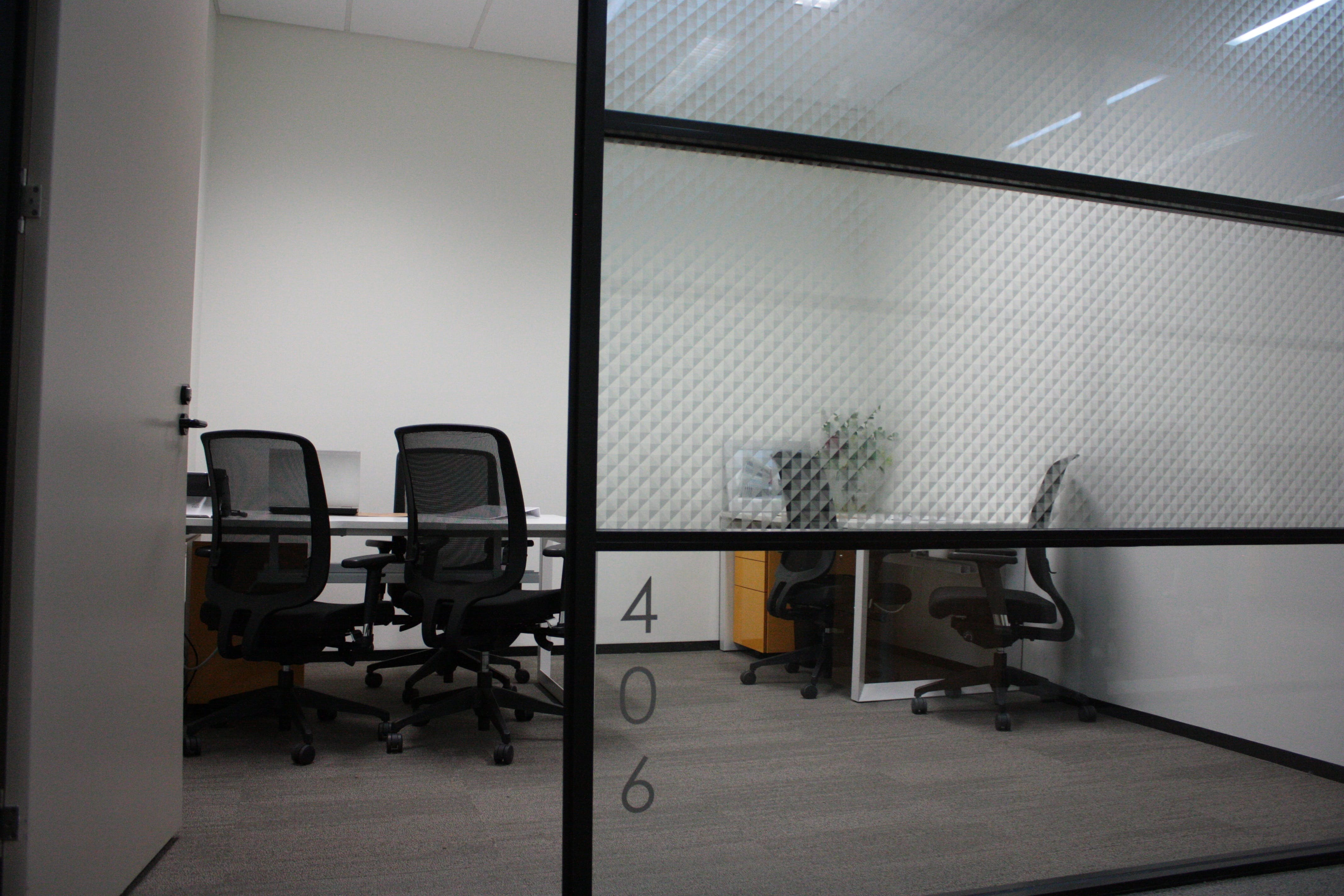 Suite 406, serviced office at Edge Offices George St, image 1