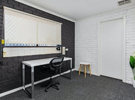 Private office at Business Hub North Haven, image 1
