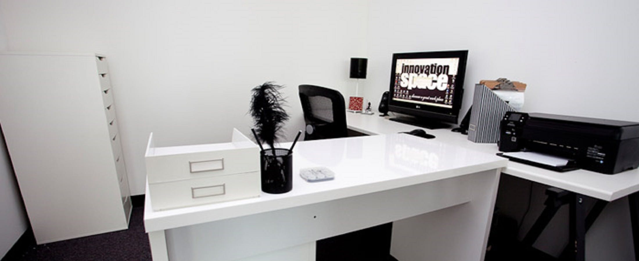 Hot desk at Innovation Space, image 1