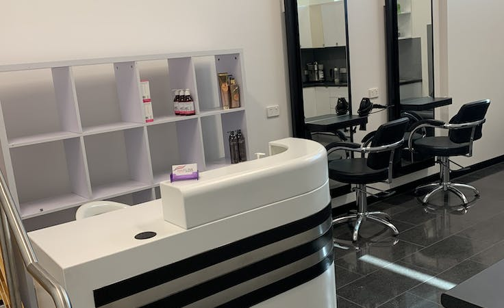 Hair salon space , shop share at Hairlink extensions, image 1