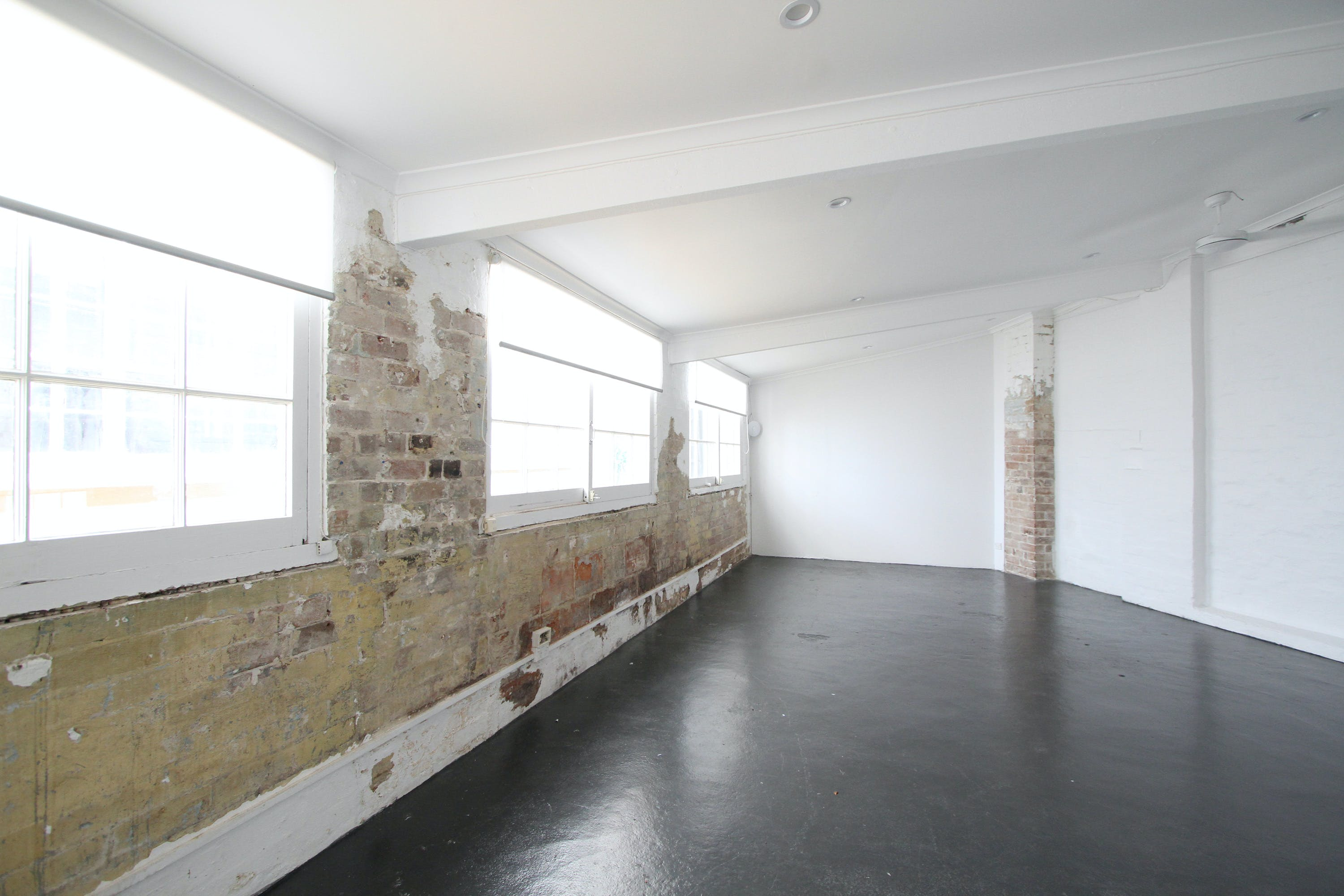 Annexe, multi-use area at Comber Street Studios, image 3