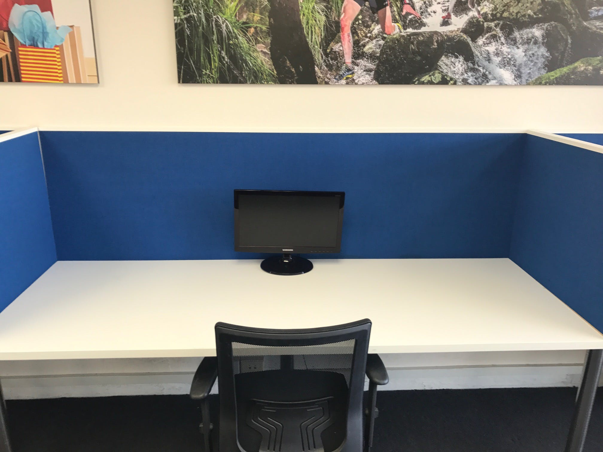Dedicated desk at Co-Work on the Beaches, image 1