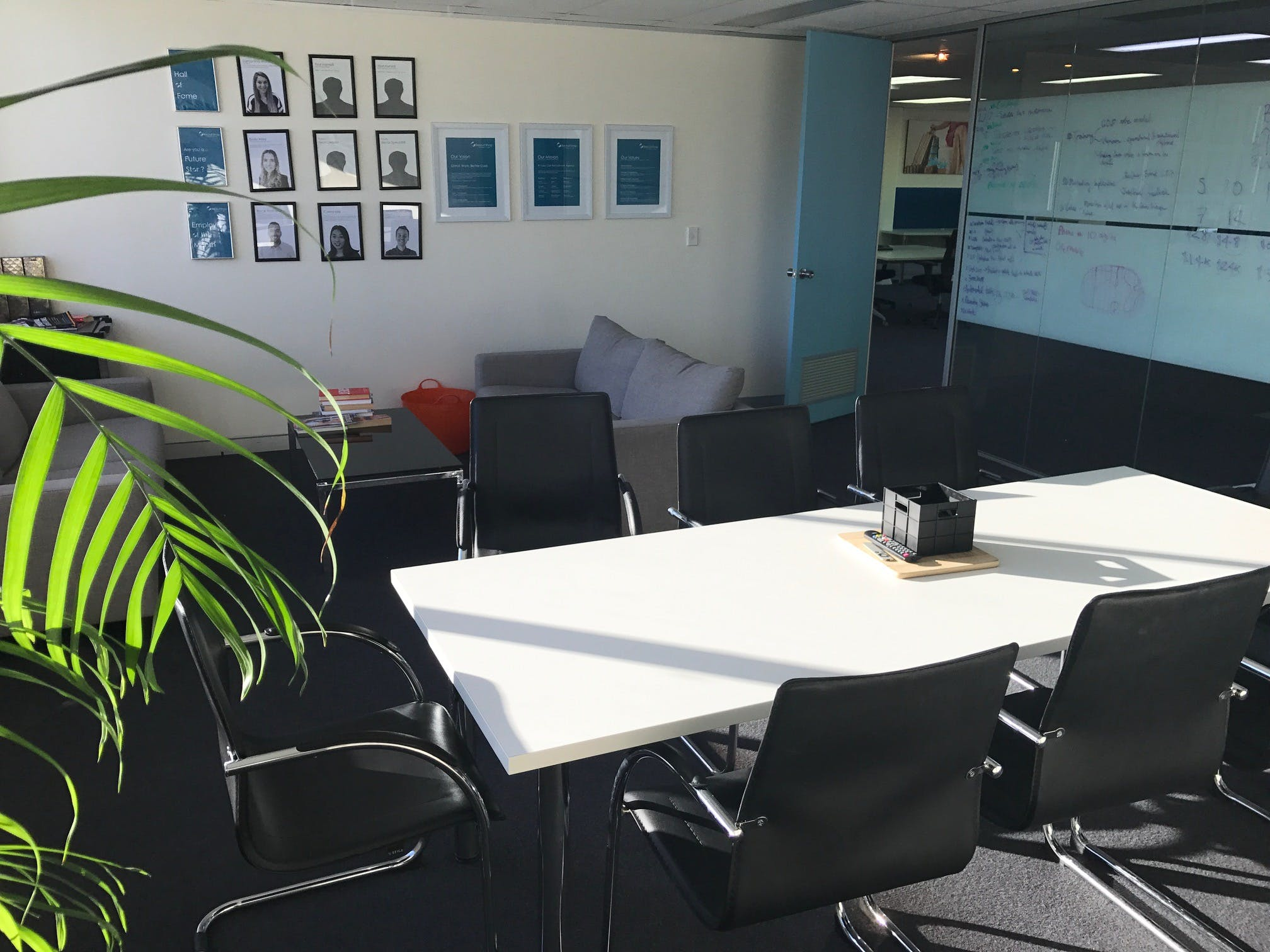 Meeting Room 1, meeting room at Co-Work on the Beaches, image 1