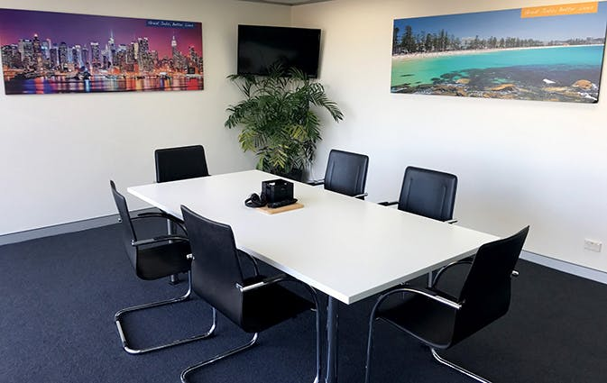 Meeting Room 2, meeting room at Co-Work on the Beaches, image 1