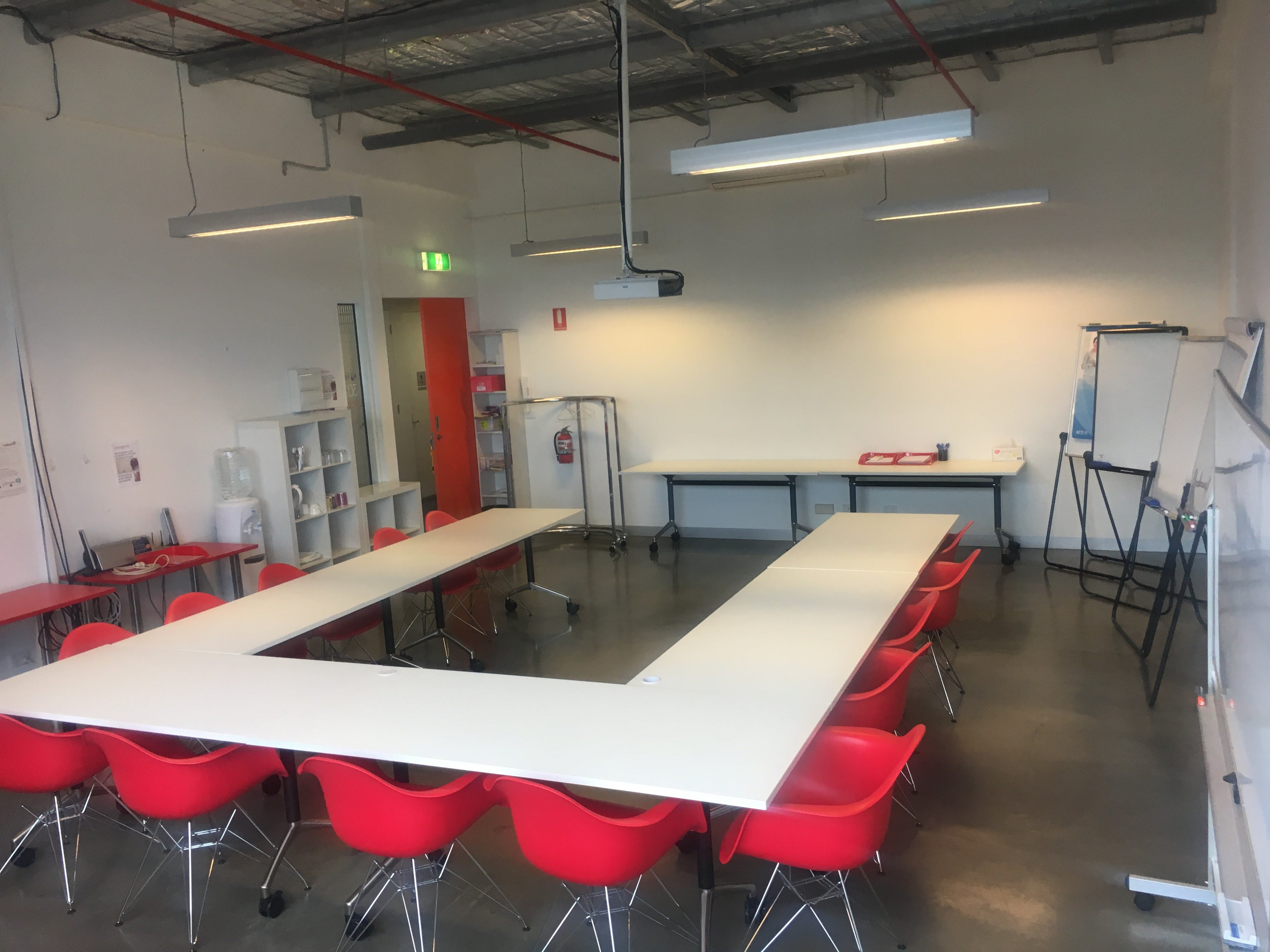 Meeting room at Systemix, image 2