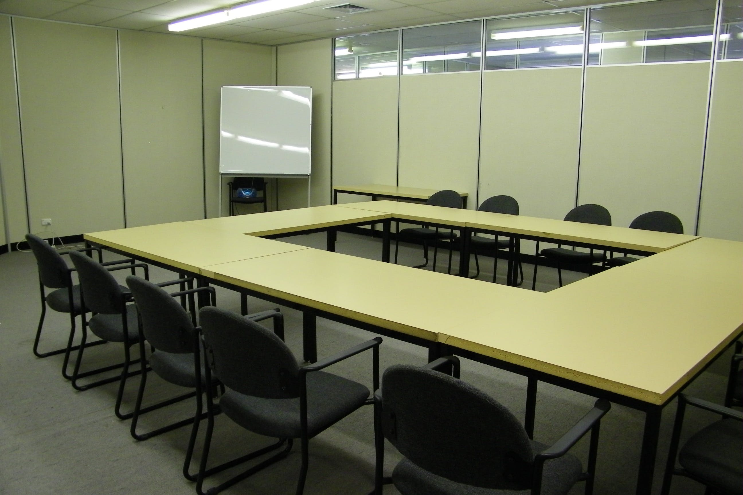 Office 7, private office at Bendigo 1, image 2
