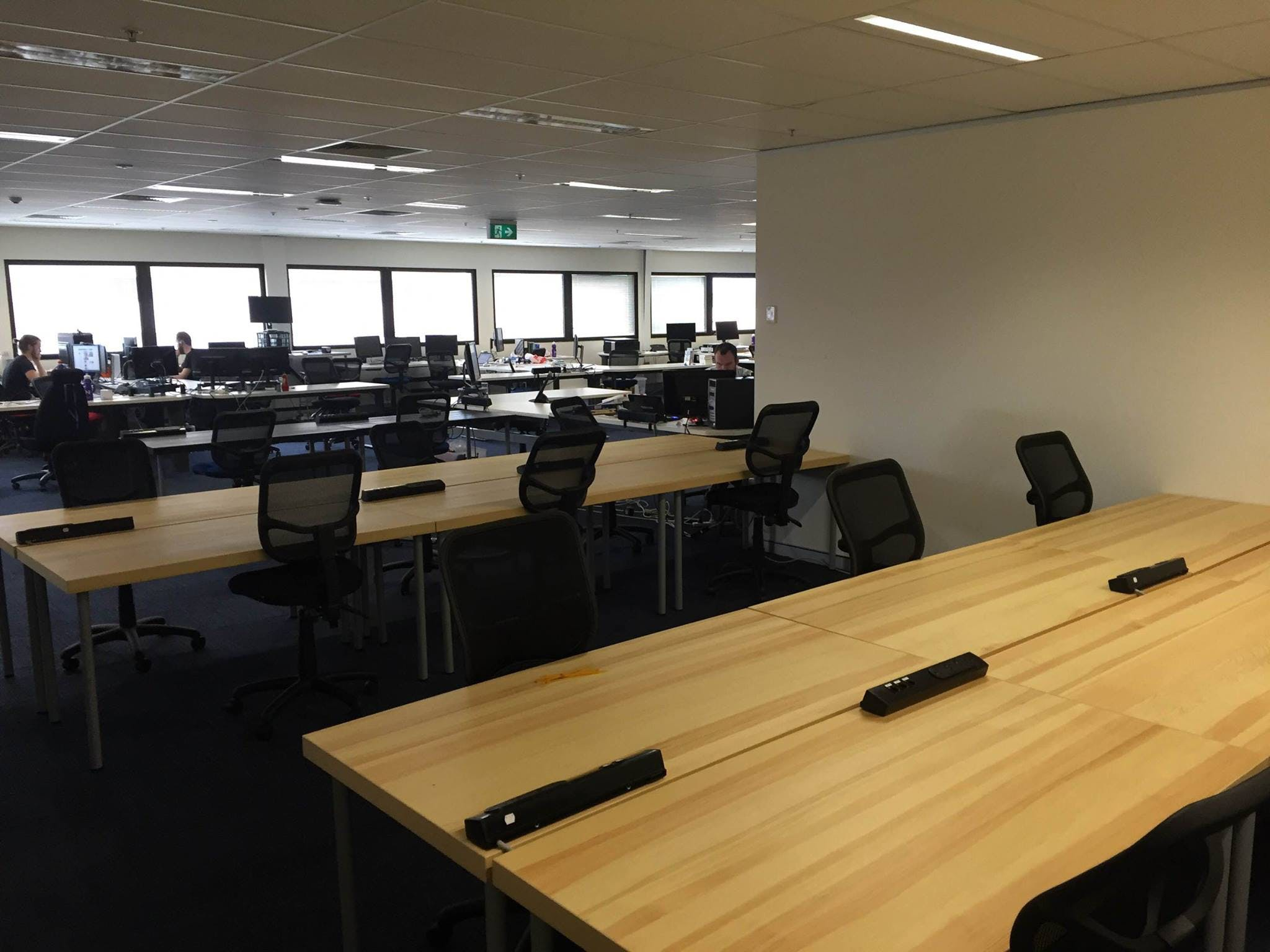 Hot desk at Entry 29 - Canberra, image 2