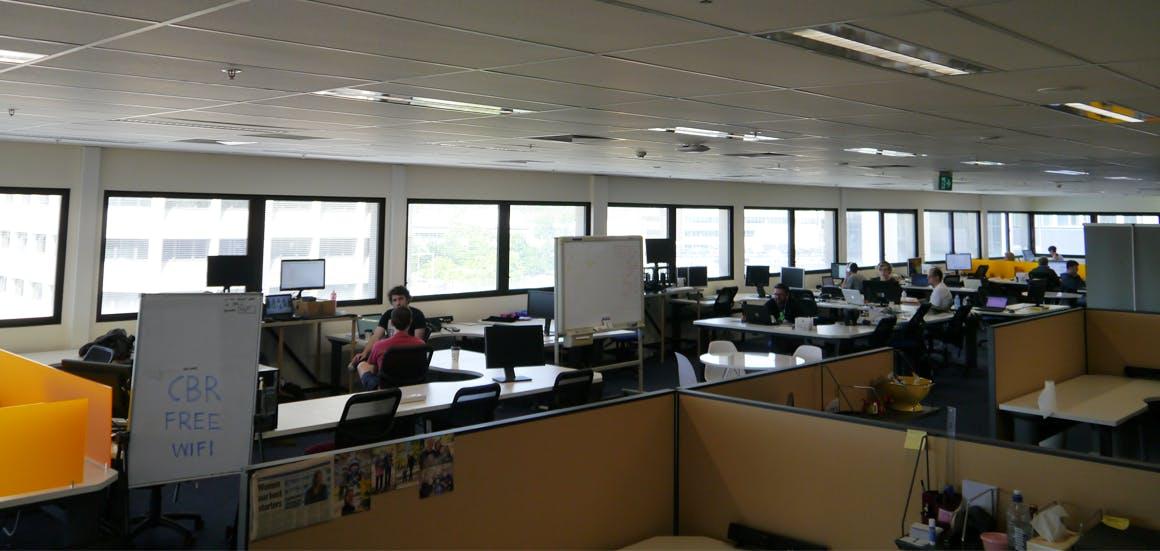 Hot desk at Entry 29 - Canberra, image 1