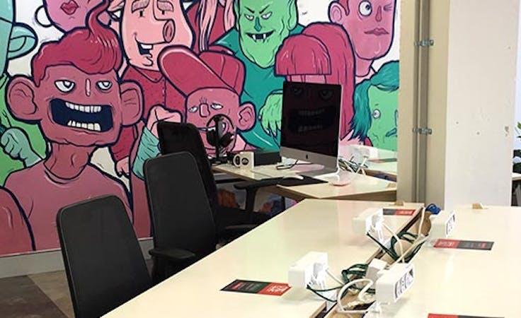 Hot desk at Entry 29 - Bruce, image 1