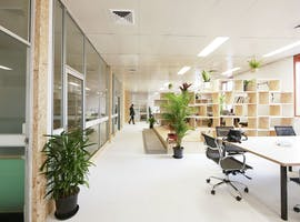 Hot desk at Uptop, image 1
