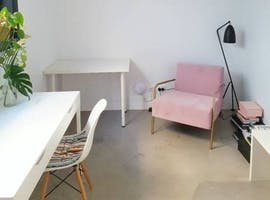 Light-filled creative studio in Windsor, image 1