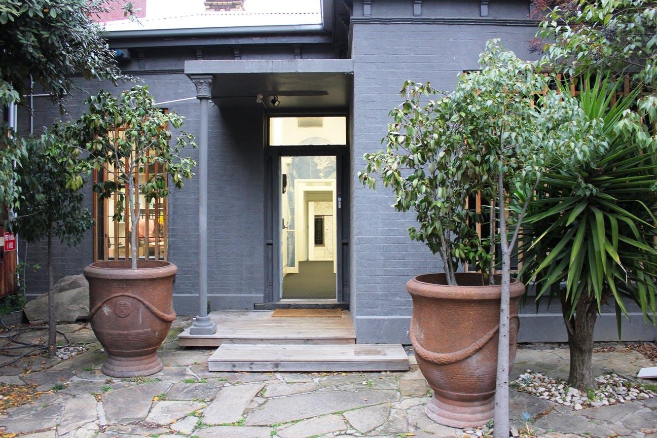 Spacious studio office located in Windsor, image 1