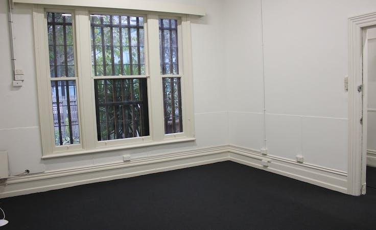 Spacious studio office located in Windsor, image 2