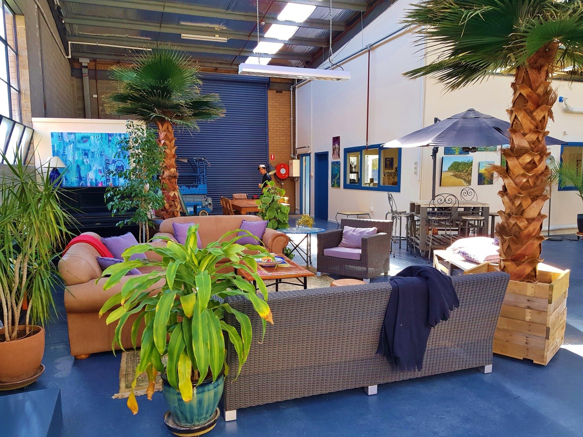Gallery at Le Studio Art Space & Ceramic Studio, image 4