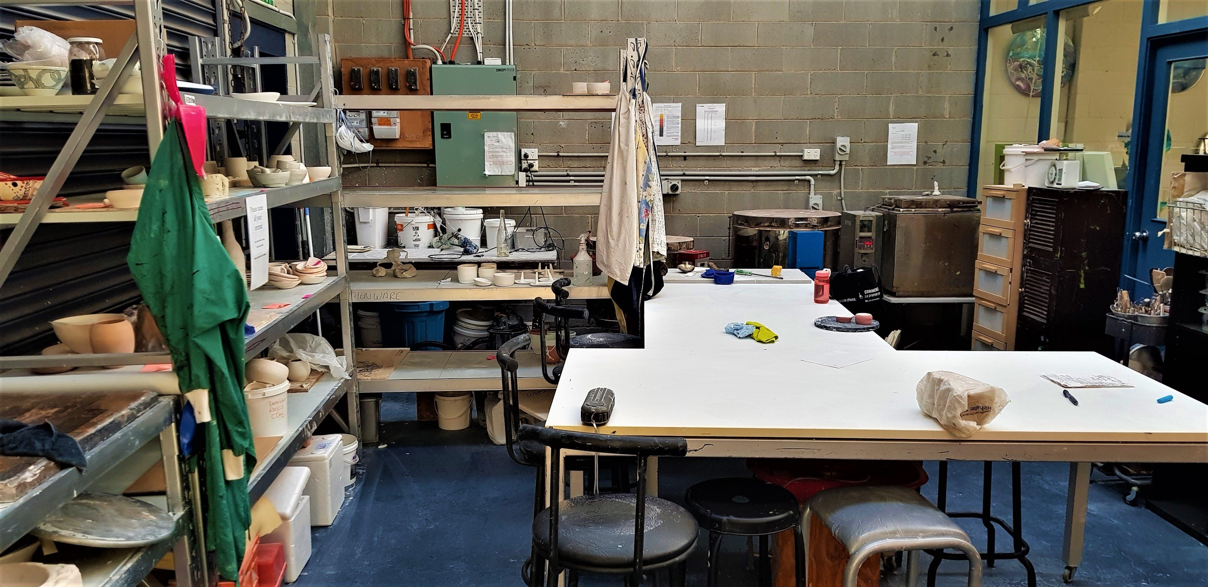 Ceramic studio complete with potter's wheel based in Mordialloc, image 1