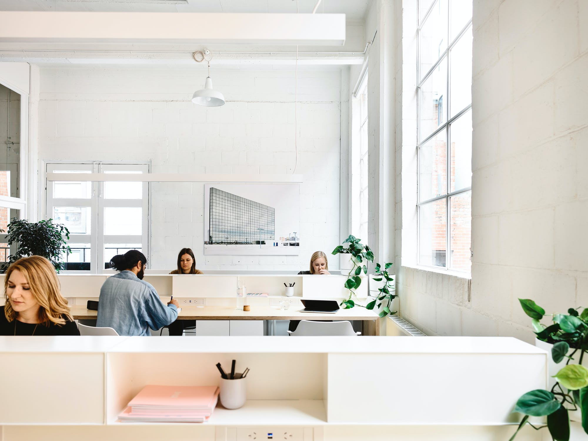 Dedicated desk at Building No.2, image 1