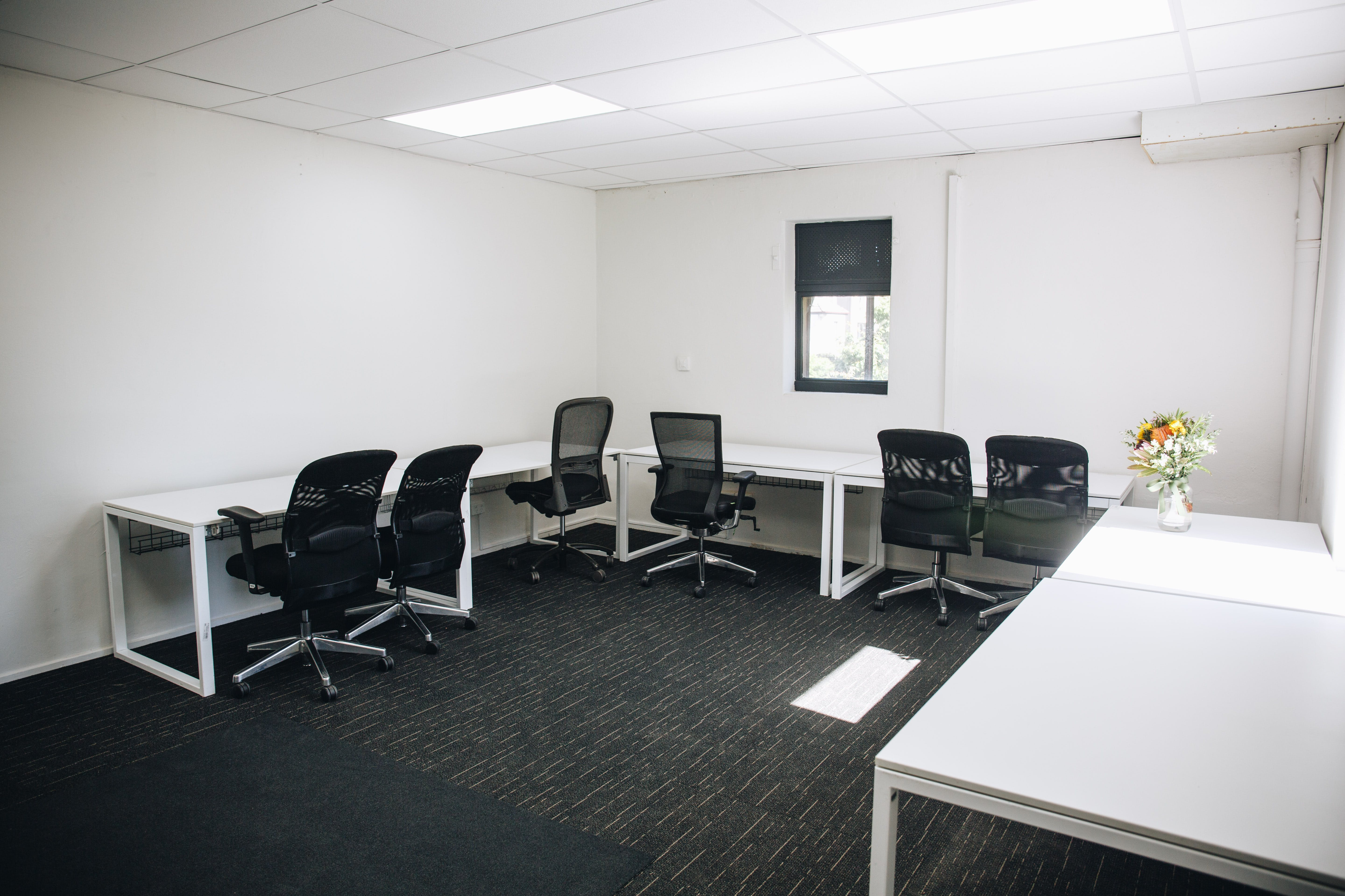 Office 4, private office at Engine House, image 2