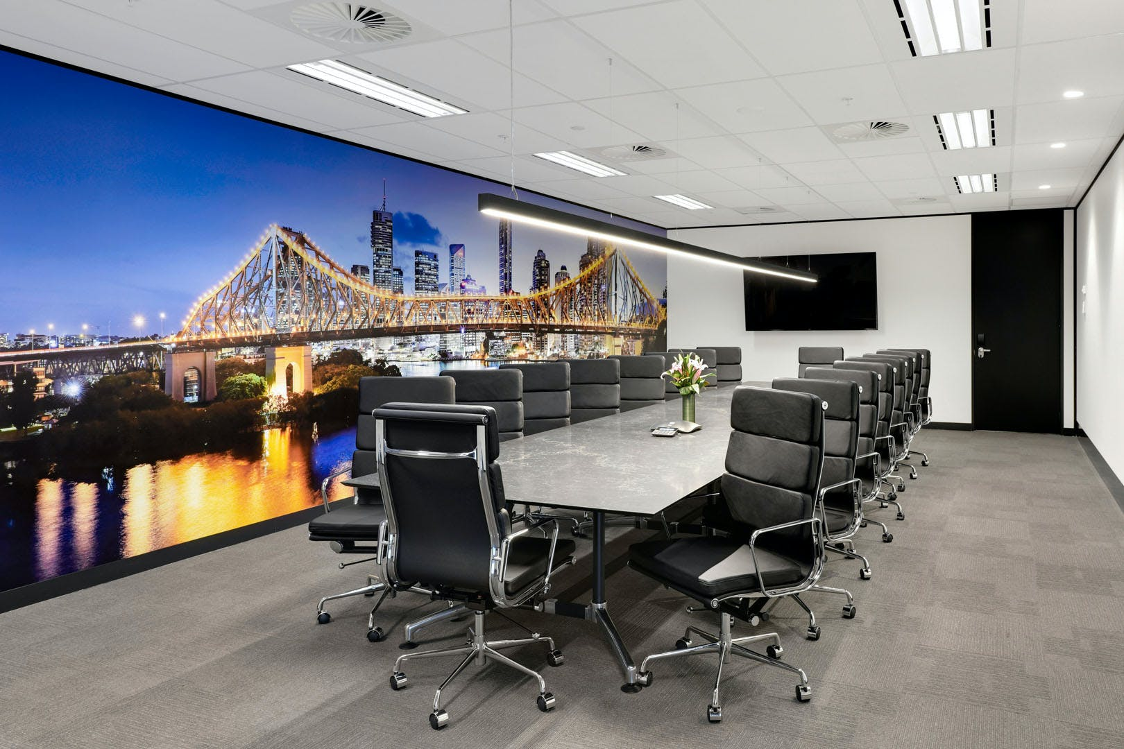 Suite 9331, serviced office at 175 Eagle Street, image 1