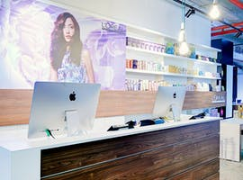 Affordable retail space situated in a glamorous salon in Brisbane, image 1